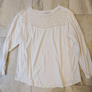 White Tee with lace collar